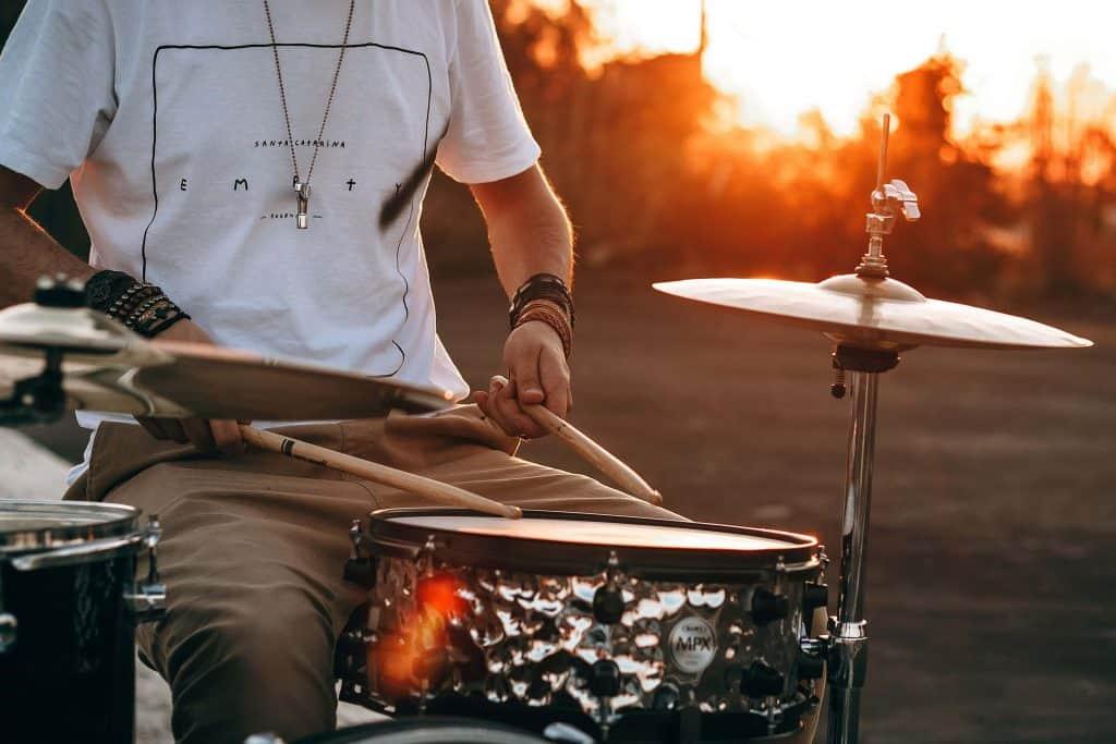 12 Best Drum Thrones -2
