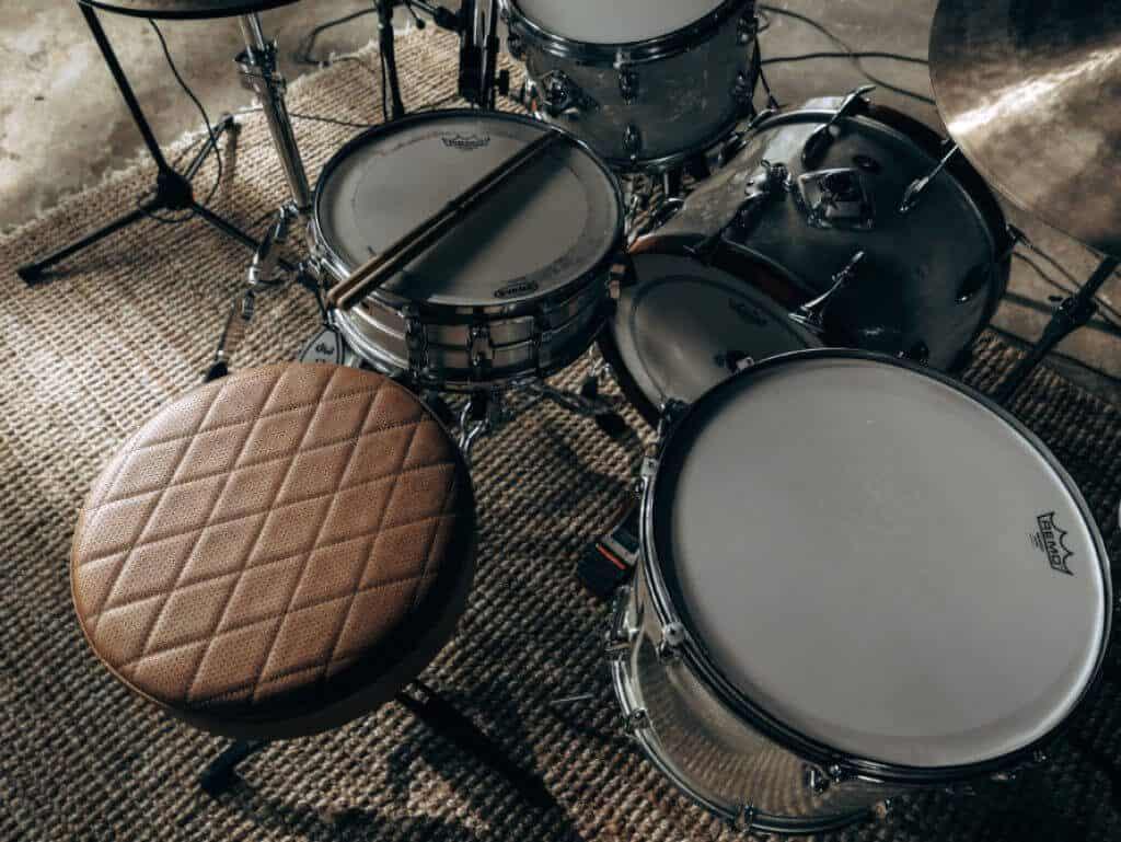 12 Best Drum Thrones -6