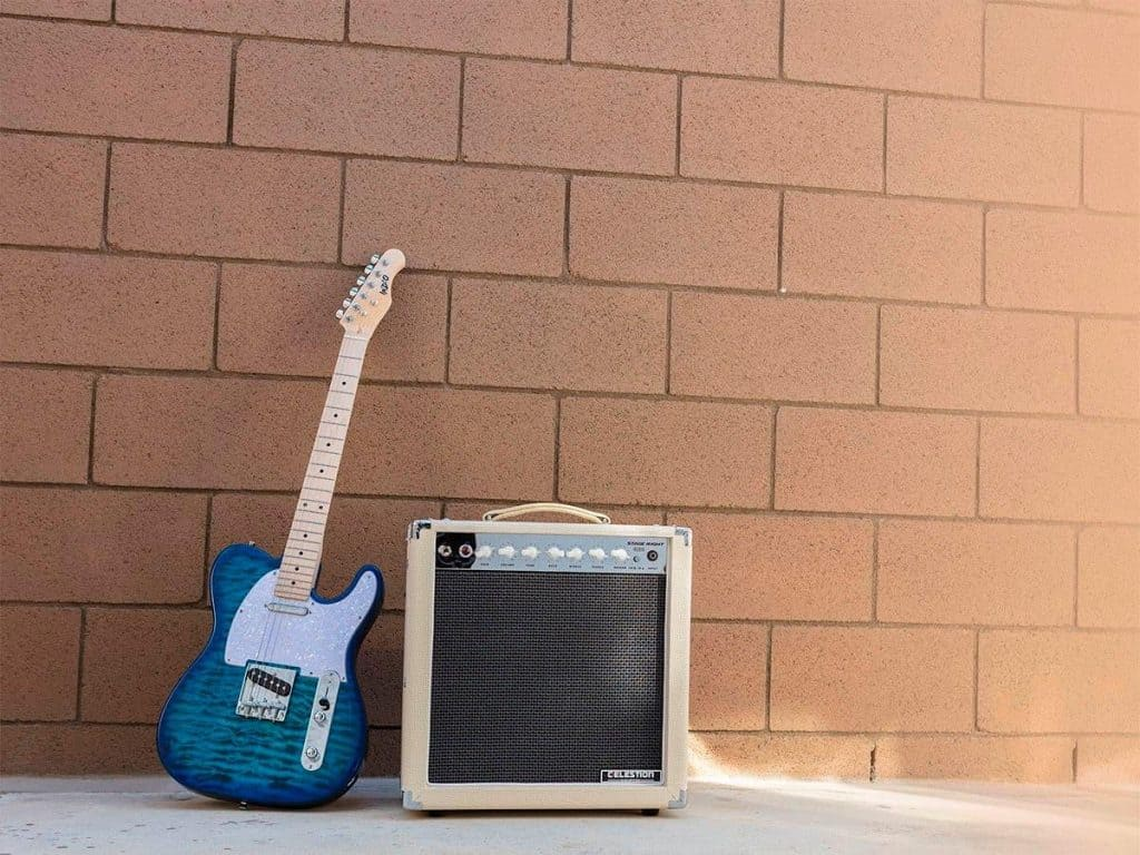 12 Best Guitar Amps Under $200 -6