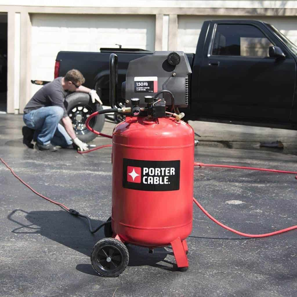 8 Best 20-Gallon Air Compressors -1