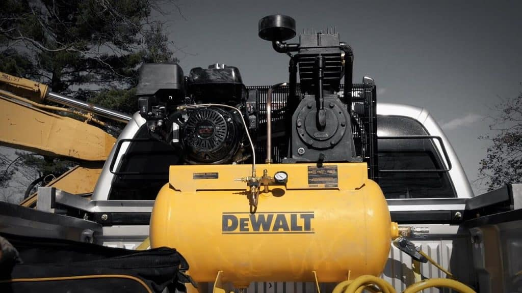 8 Best 20-Gallon Air Compressors -5