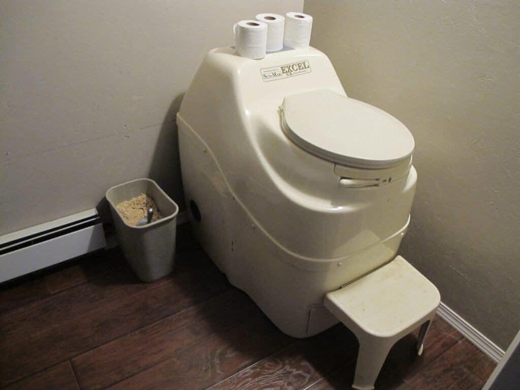 5 Best Composting Toilet -3