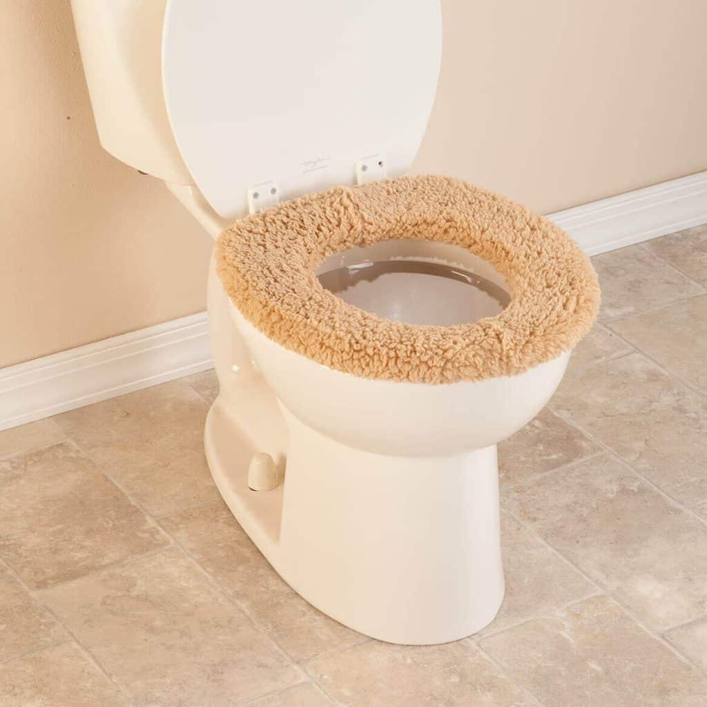 9 Best Soft Toilet Seats -4