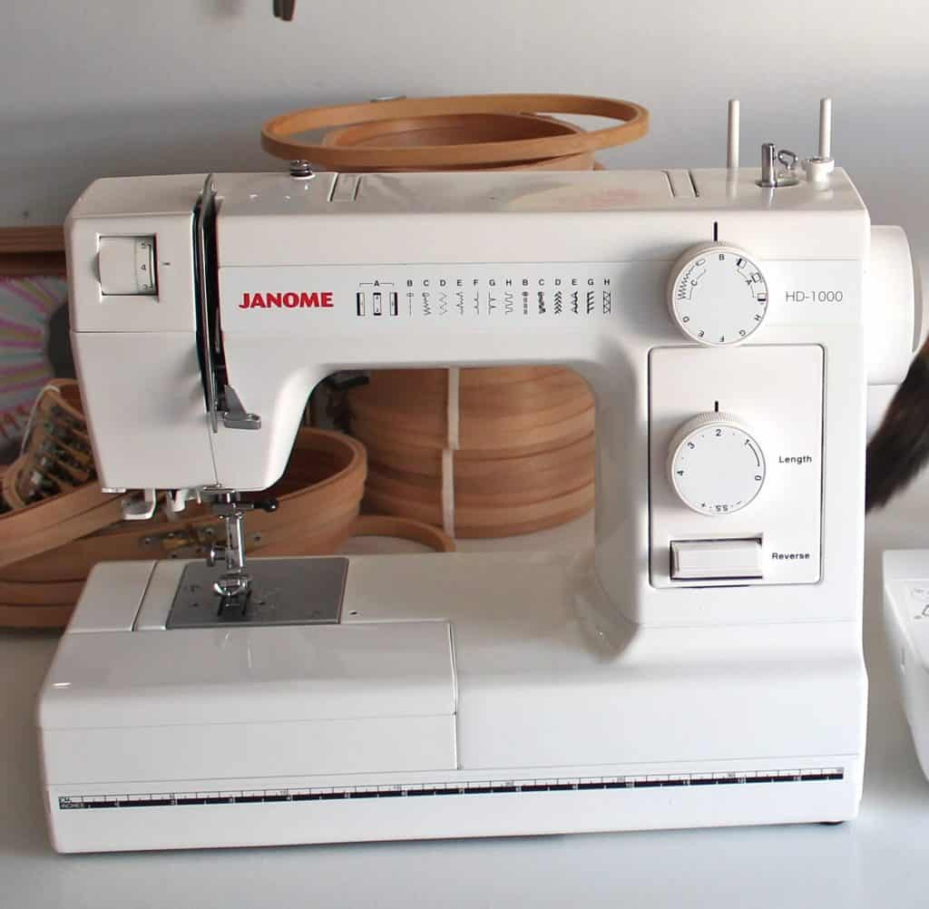 Best Vintage Sewing Machine For Leather Jun 2020 Reviews
