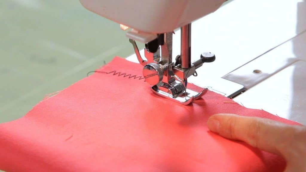 9 Best Vintage Sewing Machines for Leather – Touch of the Good Old Days