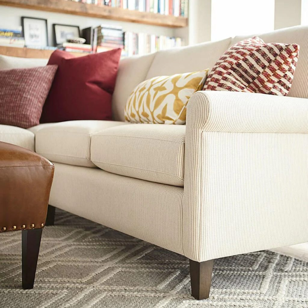 8-Best-Sofas-for-Heavy-Person-44