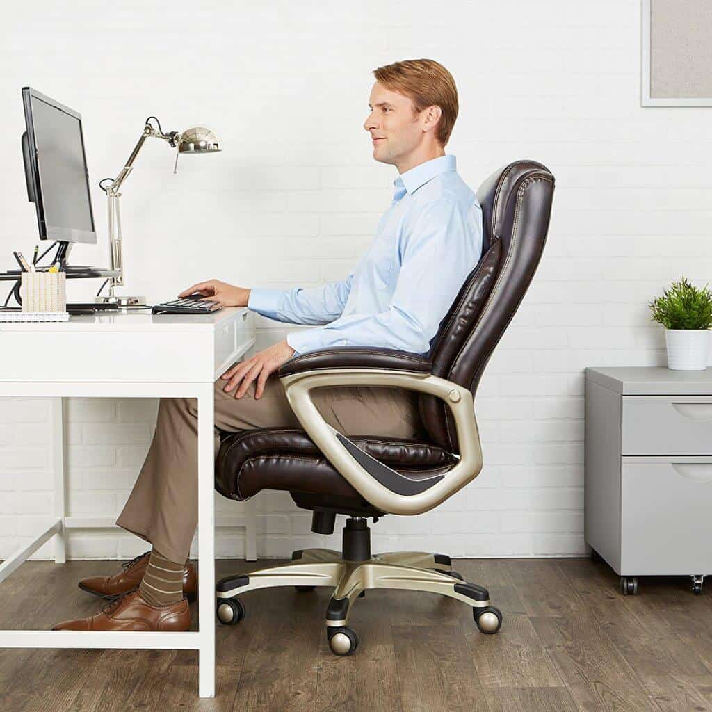 Best Office Chairs For Big Guys-4