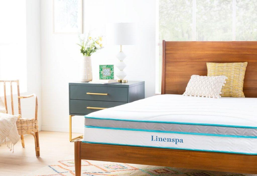 Linenspa 10 Inch Memory Foam and Innerspring Hybrid Mattress -2