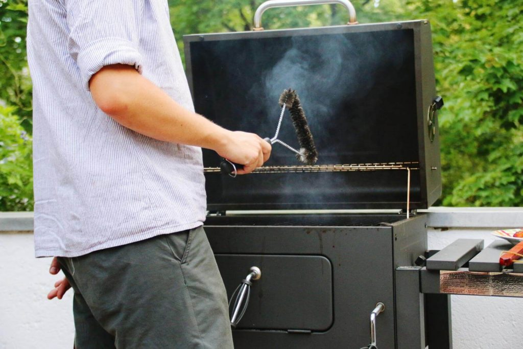 12 Best Grill Cleaners-4