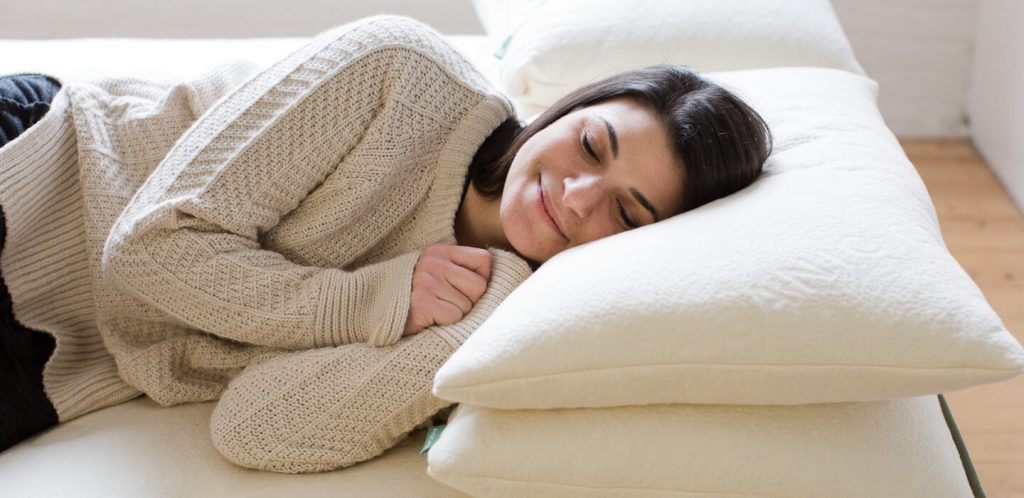Pillows For Combination Sleepers-1