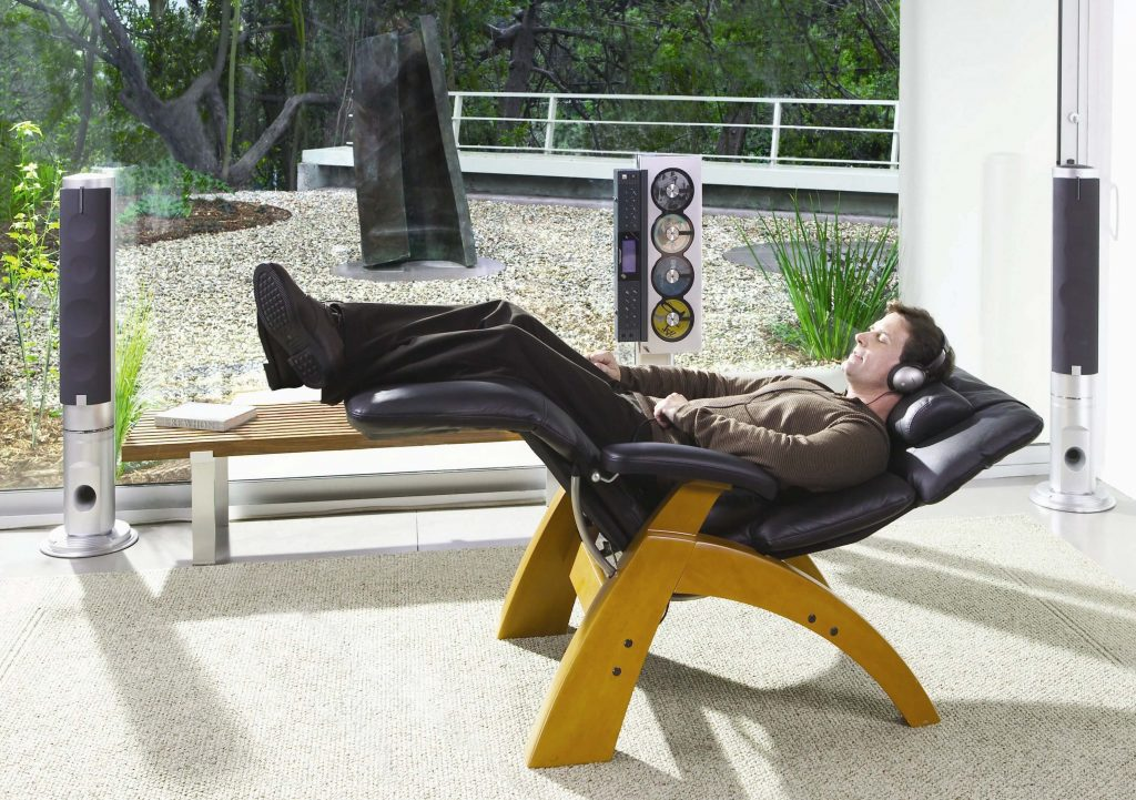 10 Best Zero Gravity Chairs For Back Pain-1