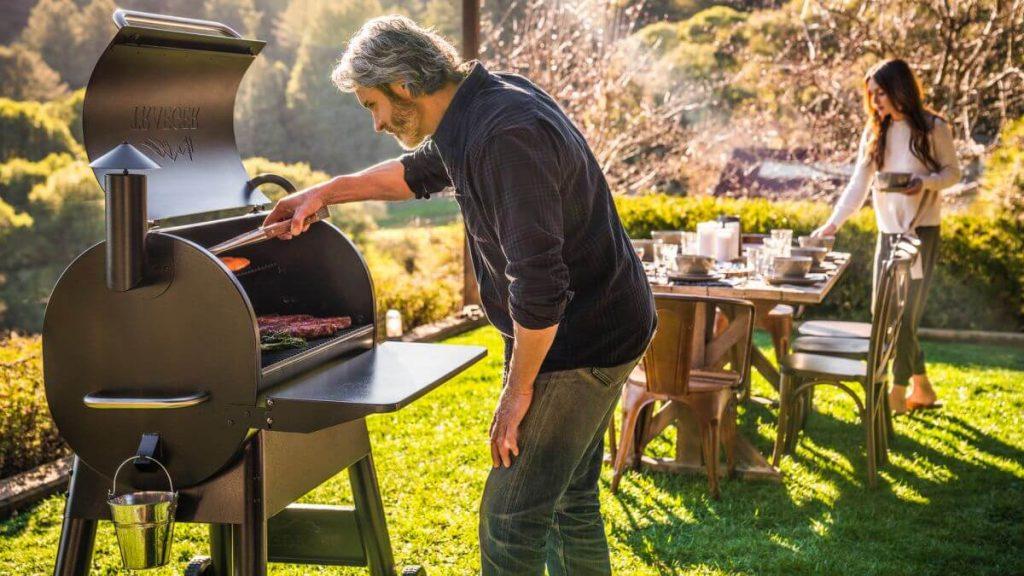 8 Best Charcoal Grills Under $300-