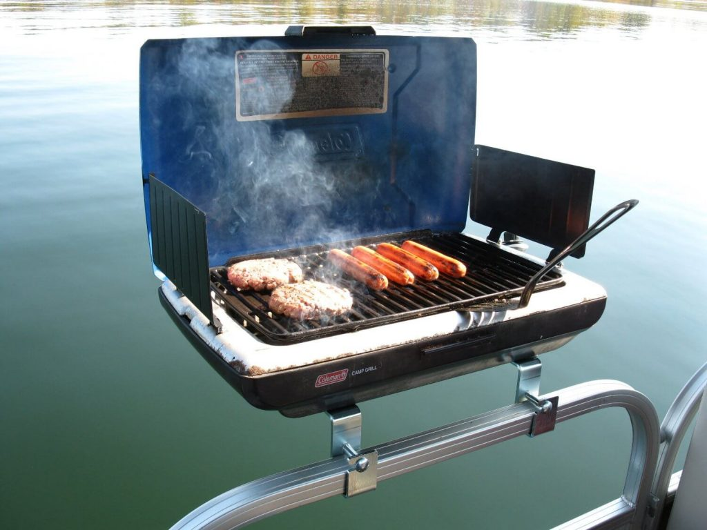 9 Best Boat Grills-1