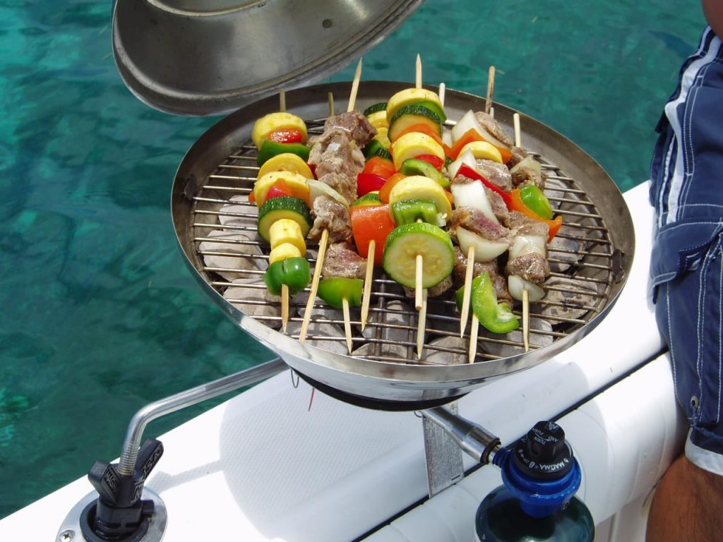 9 Best Boat Grills-3