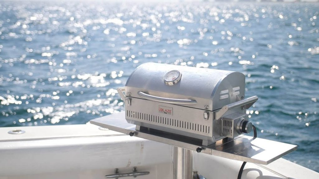 9 Best Boat Grills-4
